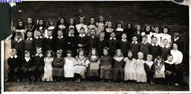 Junior and Senior pupils, Kiveton School 1909