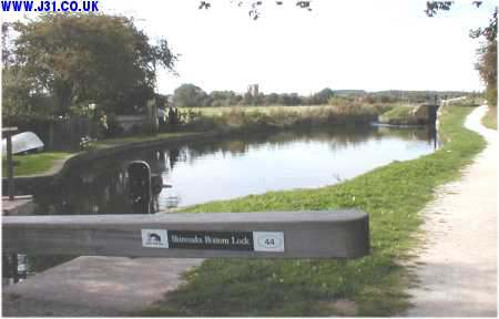 chesterfield canal shireoaks 3
