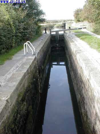 chesterfield canal shireoaks 2